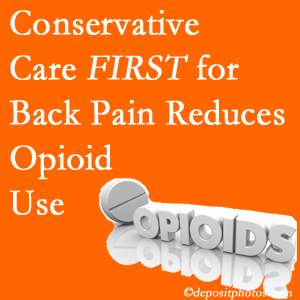 New Roads Chiropractic Center provides chiropractic treatment as an option to opioids for back pain relief.